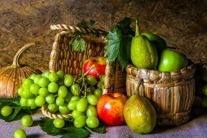 grapes fruit food still life apples