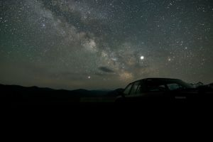 landscape night long exposure milky way