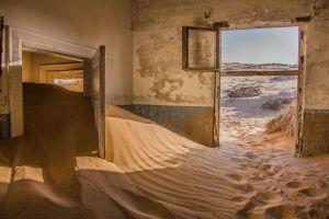 namibia desert sand house