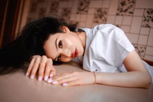 necklace portrait juicy lips red lipstick pink nails women face