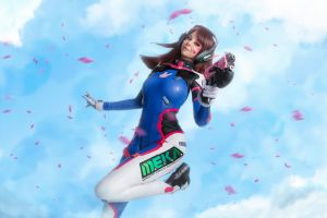 overwatch women model cosplay helly von valentine d.va (overwatch)