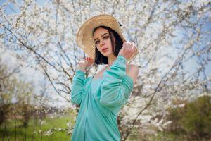 portrait depth of field dress women hat black hair women outdoors