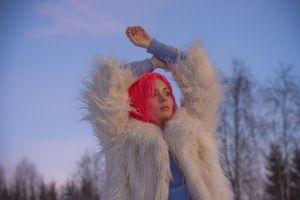 singer women coats teen  white coat nina nesbitt pink hair
