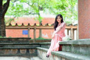 stairs asian kimono sitting flowers open toed shoes black hair women depth of field