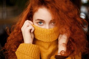 yellow sweater sweater curly hair women indoors redhead looking at viewer indoors bokeh model yellow clothing gray eyes long hair juliana naidenova portrait women