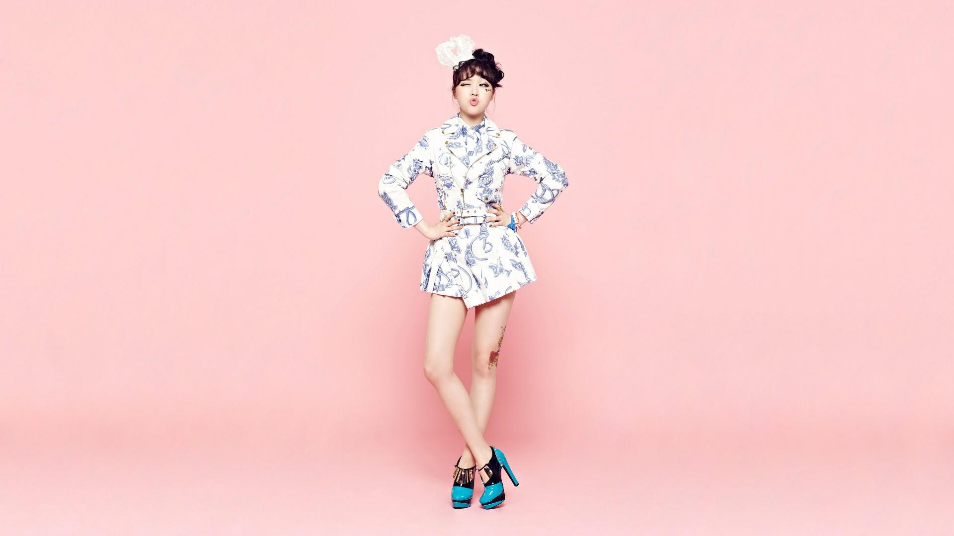 asian girl's day kim yura women k-pop korean