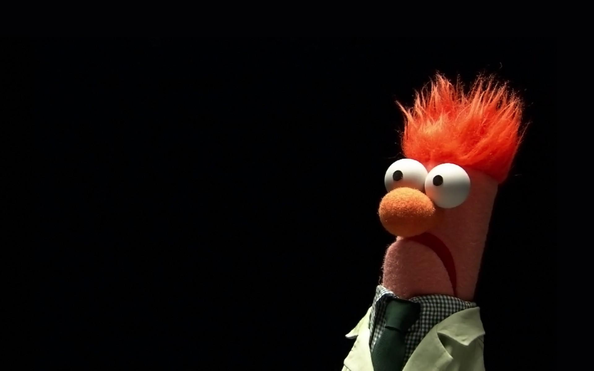 beaker eyes black background tie