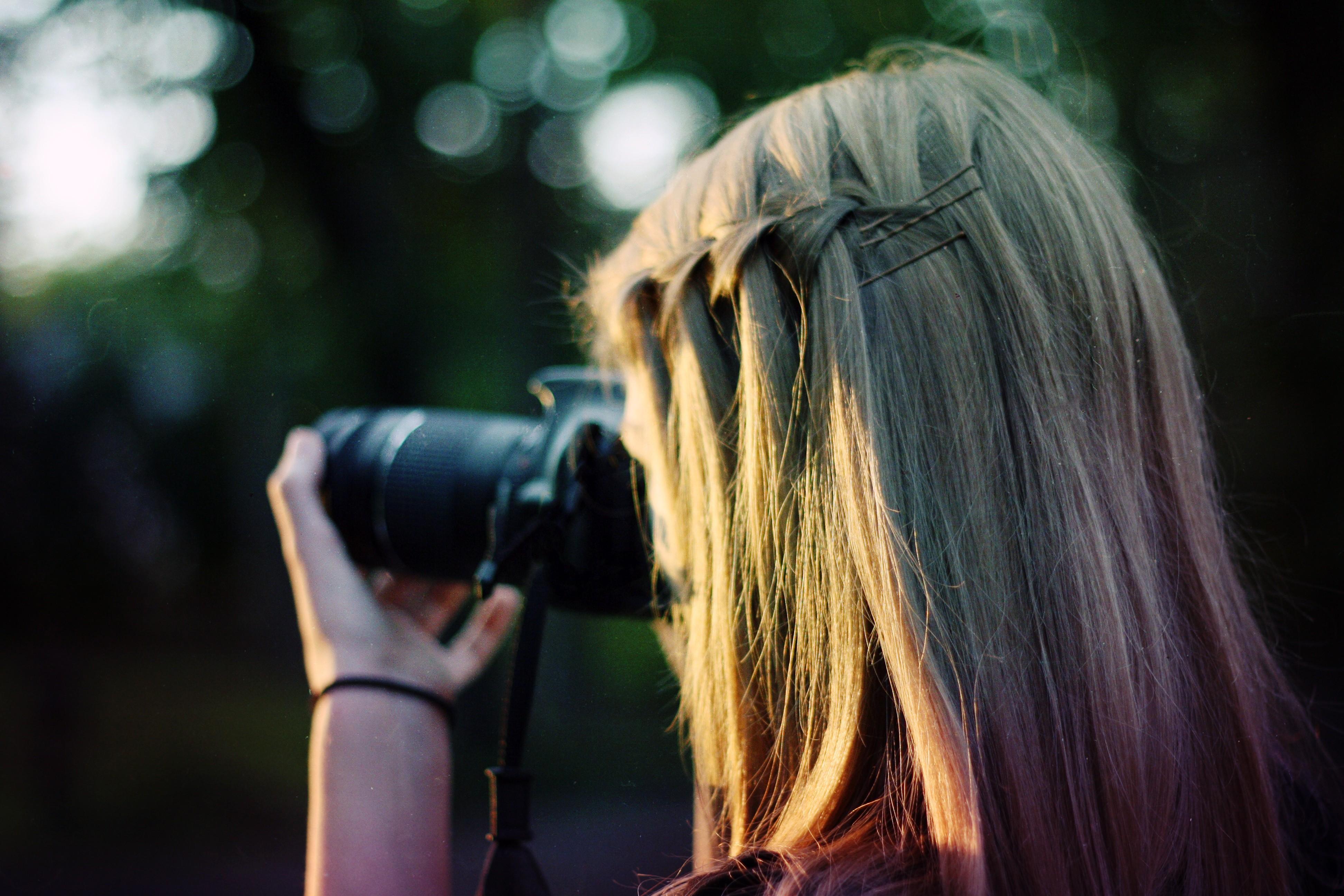 camera women outdoors bokeh blonde women