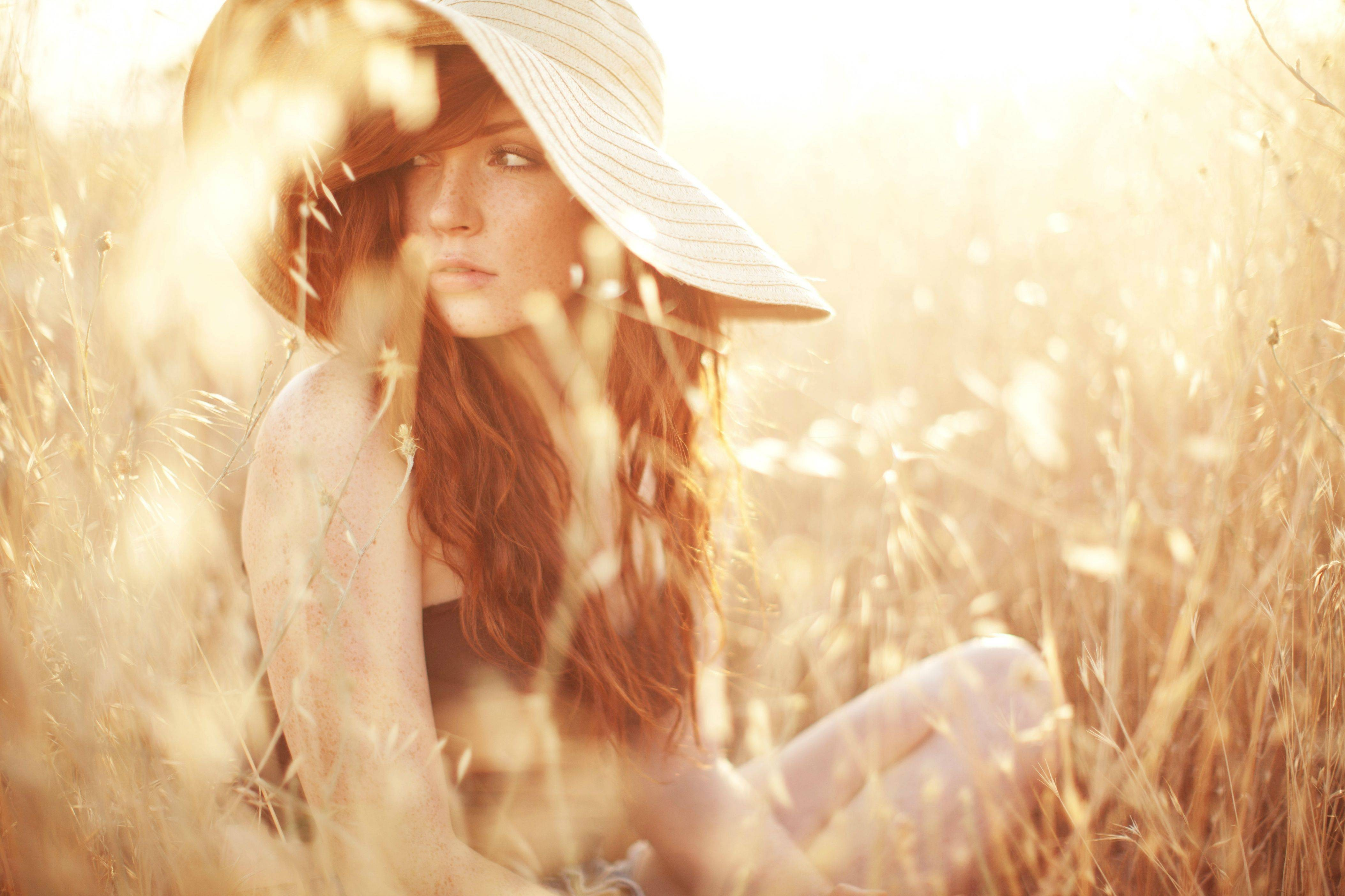 field women outdoors outdoors model redhead women long hair