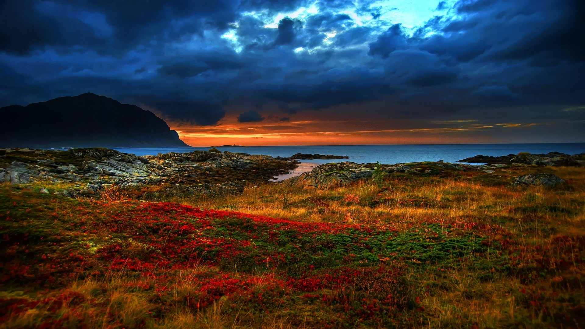 horizon sea sky landscape clouds