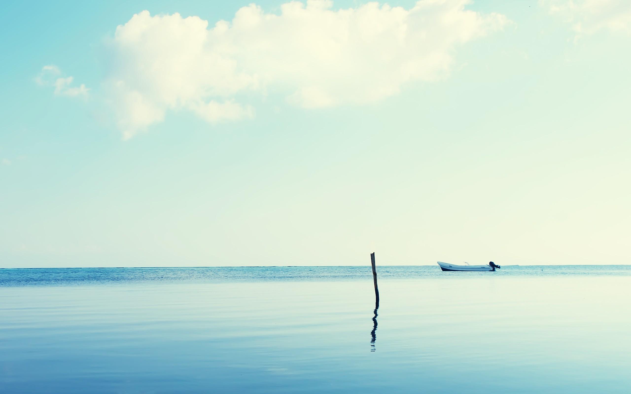 sea horizon boat landscape