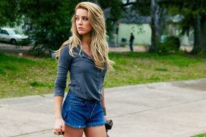 actress blonde shorts drive angry amber heard jeans women