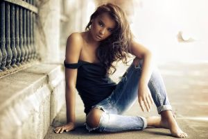 airbrushed bare shoulders women jeans
