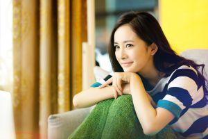 asian smiling chinese women