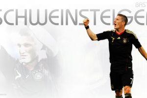 bastian schweinsteiger fc bayern  bundesliga soccer