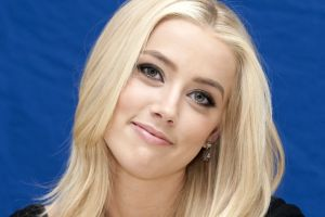 blonde amber heard face blue eyes blue background simple background women smiling portrait