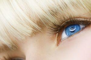 blue eyes model women face blonde eyes