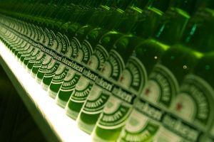 bottles beer green depth of field dutch heineken photography alcohol