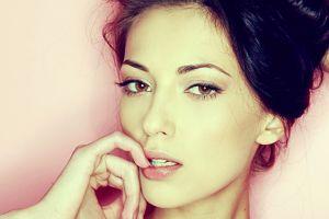 brunette anna sbitnaya  model women face hazel eyes