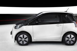 car electric car toyota iq