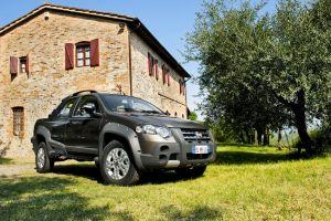 car vehicle fiat house fiat strada