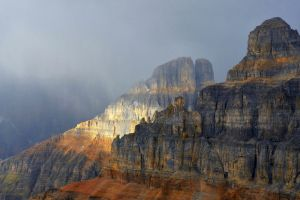 cliff landscape mountains mist