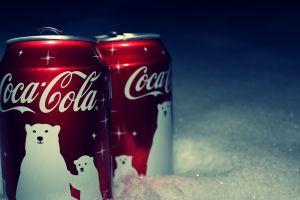 coca-cola can logo