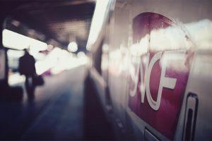 depth of field train bokeh train station sncf vehicle photography tgv