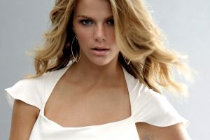 face brooklyn decker women dress model blue eyes wavy hair blonde