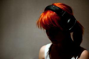 face hayley williams headphones women dark redhead