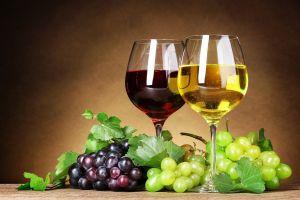 fruit alcohol food grapes wine