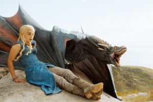 game of thrones daenerys targaryen emilia clarke dragon