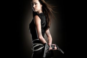 gun terminator: the sarah connor chronicles summer glau women girls with guns actress