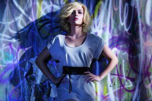 hands on hips women scarlett johansson actress hollywood graffiti
