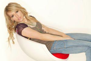 hilary duff hazel eyes simple background sitting celebrity tank top blonde jeans chair