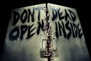 horror the walking dead artwork hands door zombies