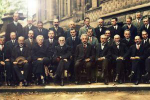 julius robert oppenheimer scientists albert einstein marie sklodowska curie maria skłodowska-curie classy history colorized photos