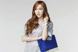 korean women looking away watch simple background redhead model t-shirt snsd bag wavy hair brown eyes long hair jessica jung open mouth