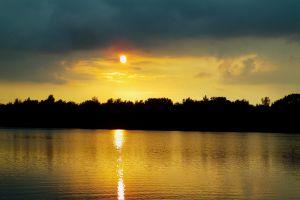 landscape horizon clouds sunset lake