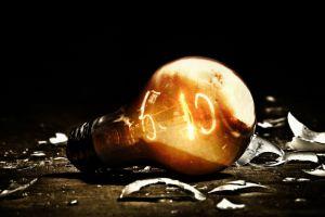 lights digital art broken glass lightbulb