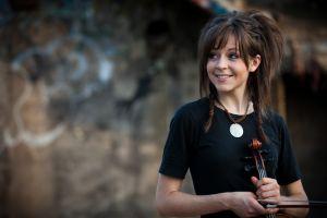 lindsey stirling women violin smiling