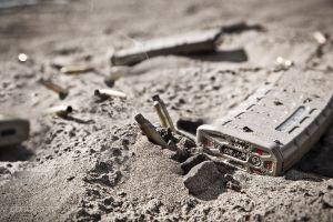 magpul weapon ammunition sand