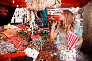 markets bracelets sweets long hair model women