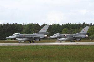 military aircraft military turkish air force aircraft