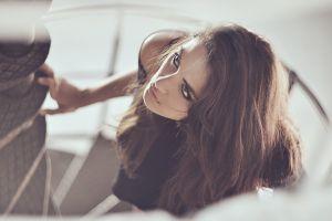 model face brunette women
