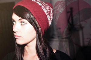 model melissa clarke hat women looking away