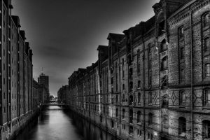 monochrome canal building hamburg city speicherstadt