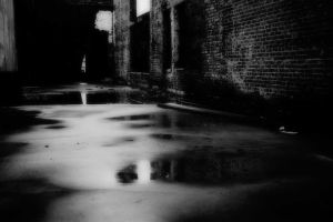 monochrome dark street old photos water reflection bricks wet