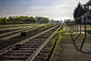 moss railway sunlight railway station