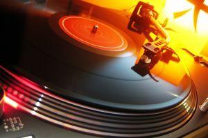 music technology vinyl turntables